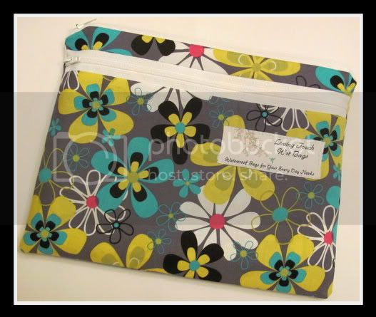 Gray Blooming Flowers&lt;br&gt;Mama Clutch Bag&lt;br&gt;4 hour HC$$ Auction!